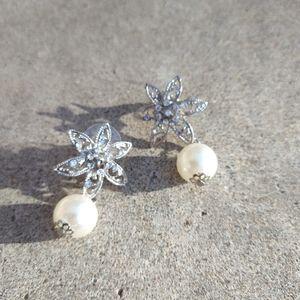 4/$10- Bridal Pearl Dangle Earrings